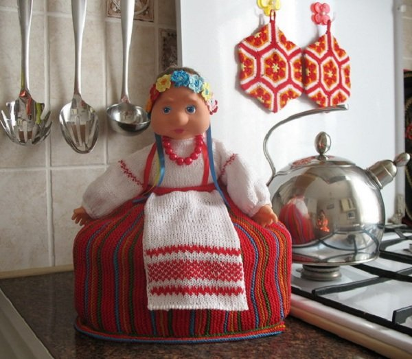 Кукла на чайник своими руками