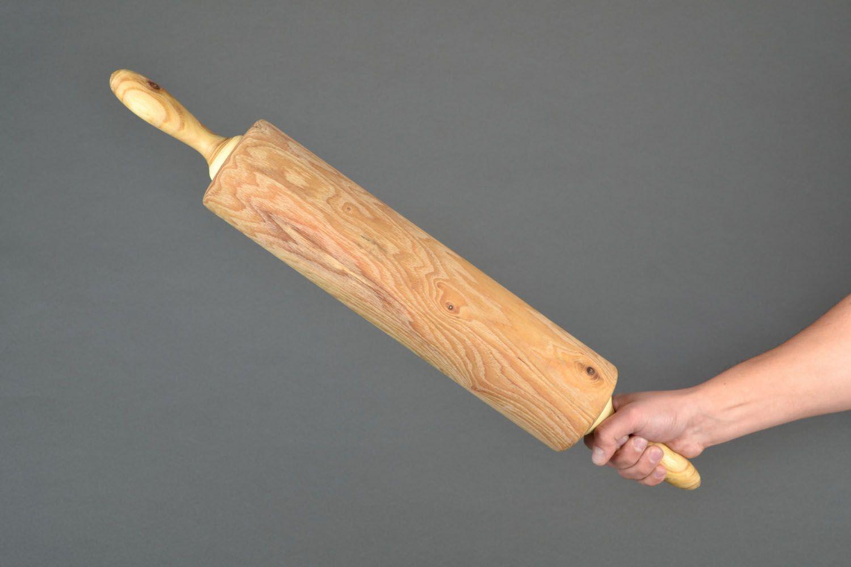 Скалка из дерева
