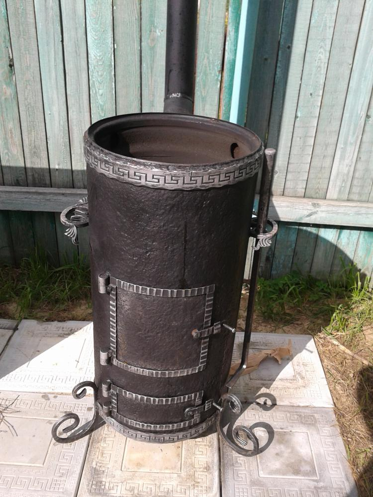 Садовая металлическая печь