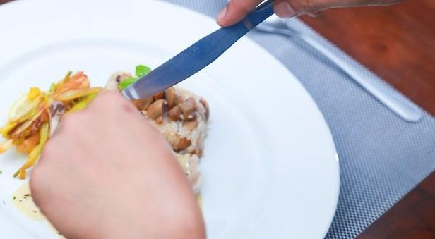 Как отрезать мясо