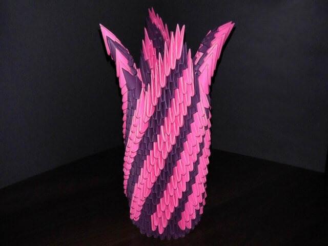 Как сделать напольную вазу с цветами из треугольных модулей оригами