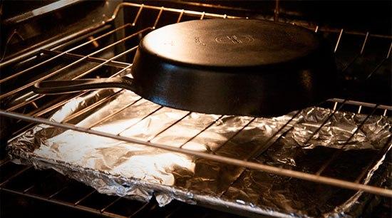 Прокаливанеи старой чугунной посуды