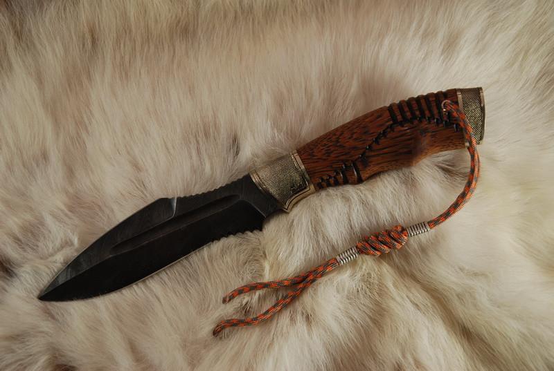 Боевой нож ручной работы