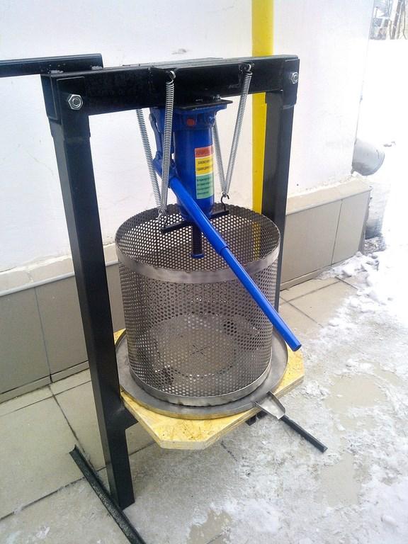 Пресc гидравлический бытовой для отжатия сока