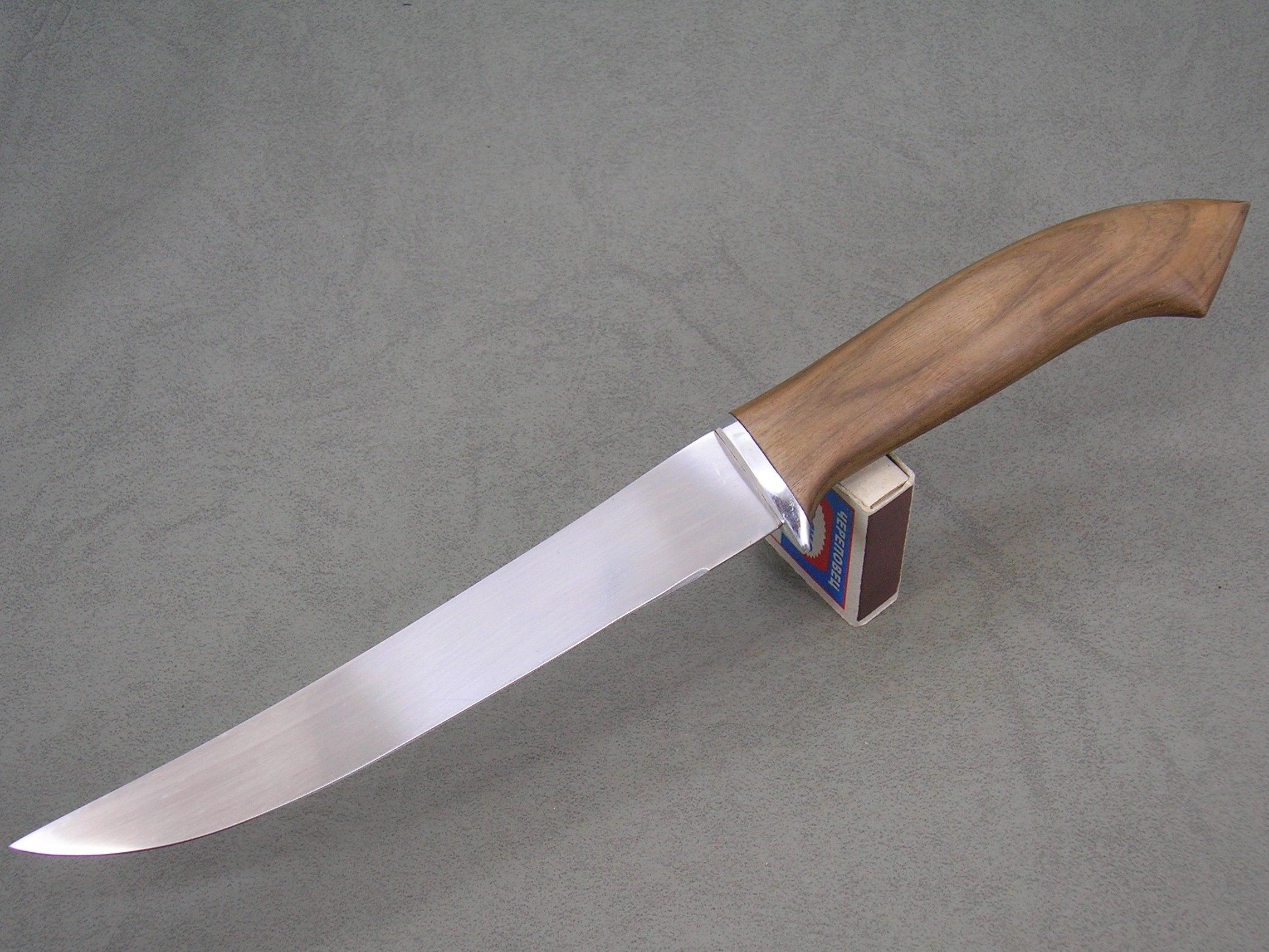 Свойства ножа из стали для филе