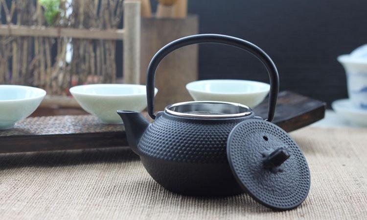 Японский чугунный чайник для заваривания чая