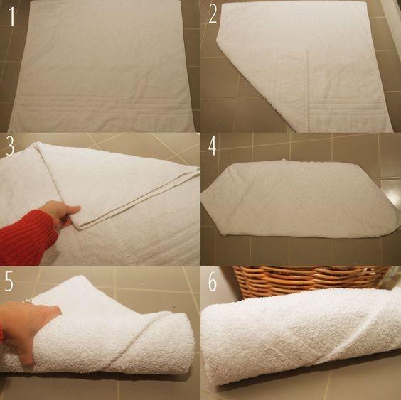 1. Разложить полотенце. 2.Согнуть кончики,как на фото.3. Закрутить,как ролл.
